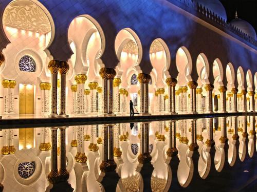 zayed-mosque-abu-dhabi_35196_990x742.jpg