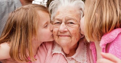 grandparents-ec-4-cdc8a77ef4b905bb387a3e1e7e9cef11.jpg